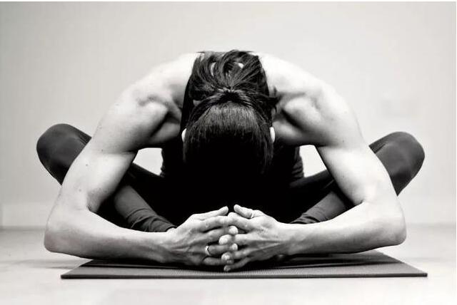 为什么建议女性,多练阴瑜伽?