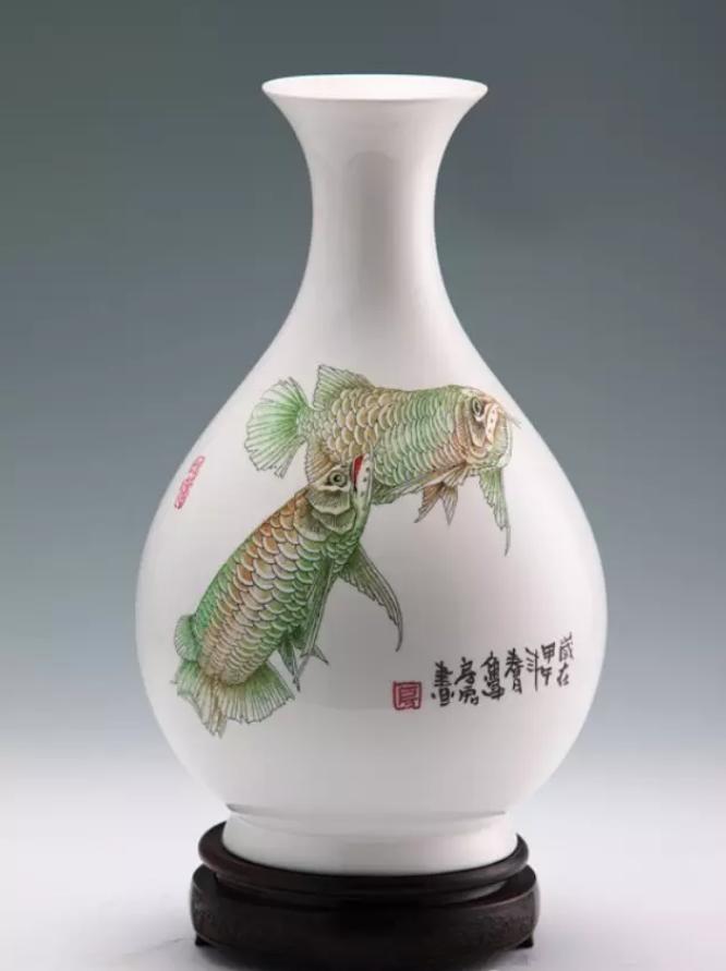 陶瓷花瓶若何在家中摆放才更雅观